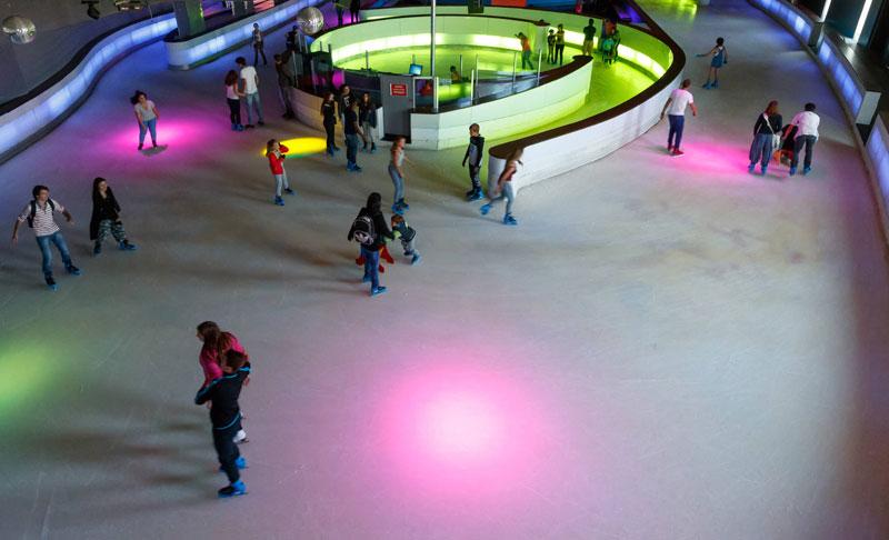 enfants guide loisirs patinoire Vegapolis