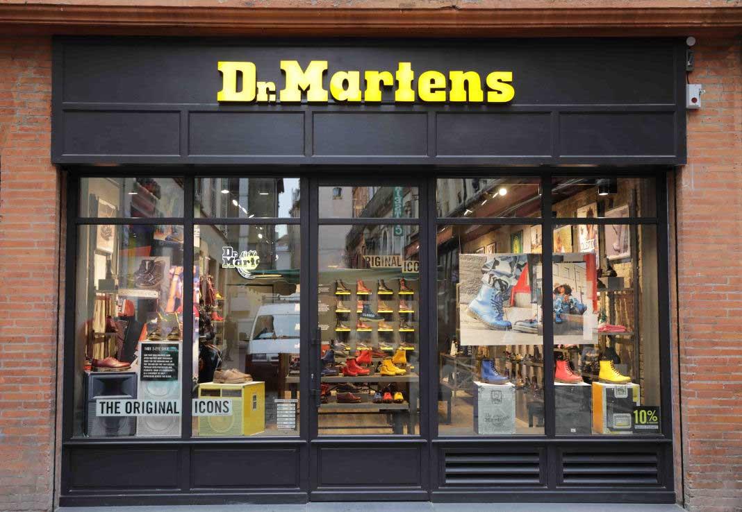 Dans ToulouseLa Doc Grizette Le Première Martens Sud Boutique À b7yf6YmvIg