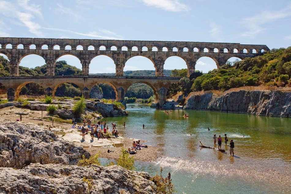 baignade au Pont du Gard