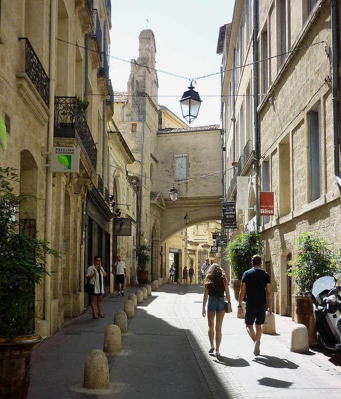 Rue Jacques Cœur Écusson Montpellier